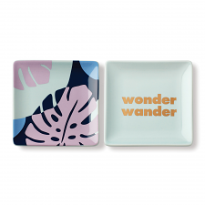 Sweet Talk 'Wonder, Wander' Square Dish Set of 2